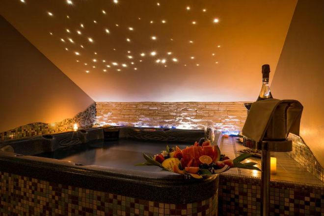 3 pacchetti per le coppie in hotel benessere spa lusso - Adler bagno vignoni day spa ...