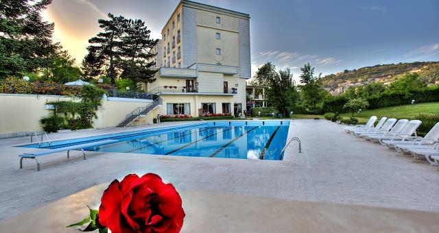 Suite SPA: Fughe romantiche per due a Fiuggi Terme - Spa Lusso