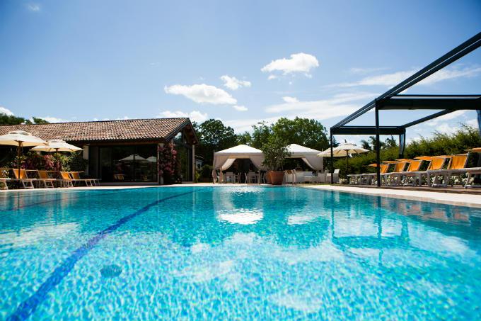 piscina hotel faenza