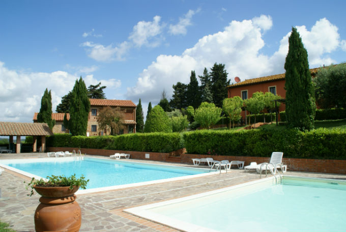 castellare-di-tonda-resort-spa-piscina